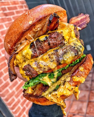 Best Damn Bacon Cheeseburger