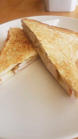 Lake Grace, Australia: Toasted chicken cheese mayo sandwich