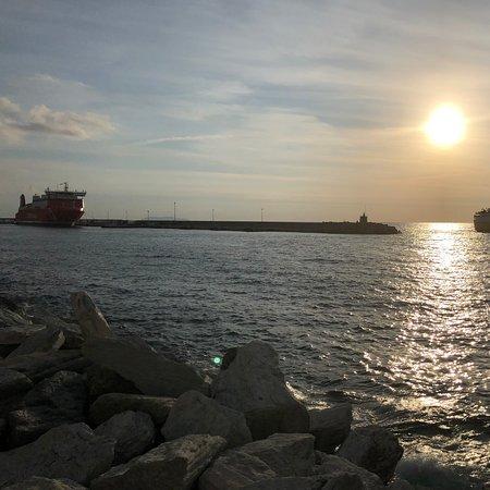 Bastia, فرنسا: Vu sur la mer quai des martyrs à Bastia