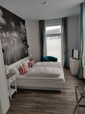 Ria's Beachhouse, Hotels in Borkum