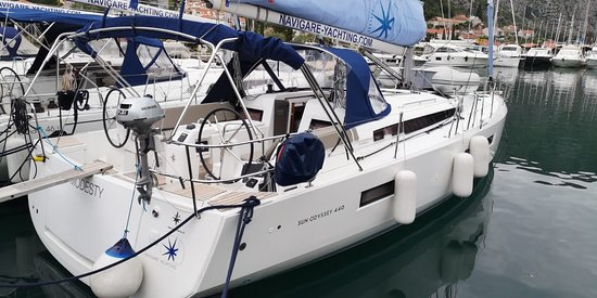 "Navigare Yachting: ACI Marina Dubrovnik, Boat ""Modesty"""