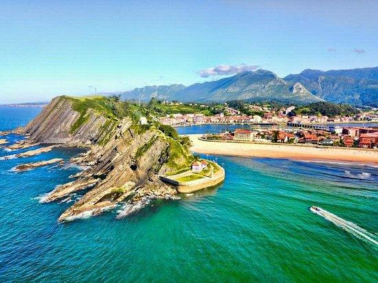 Ribadesella, España: Rutas en lancha por la Costa Jurásica Asturiana
