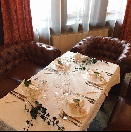 Karpaty, Ucrania: Частичка нашей карпатской души - ресторан, где Вы сможете попробовать национальную экологически чистую продукцию Карпат