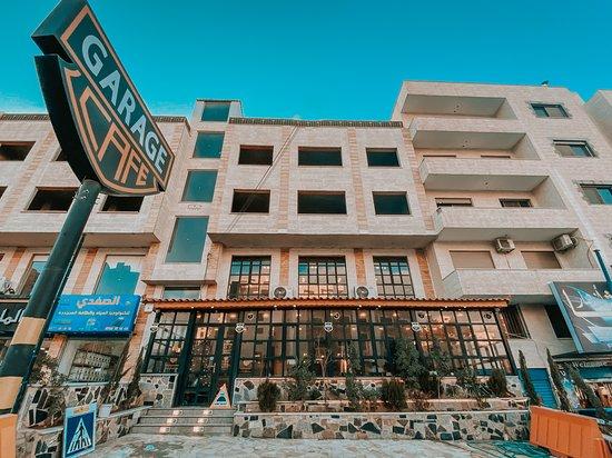 Al Zarqa, Jordan: Garage Cafe Jordan