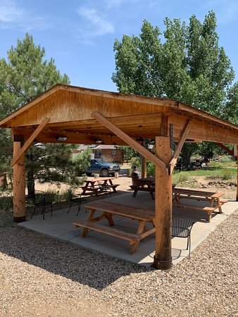 Outdoor covered pavillion with power outlet & picnic tables