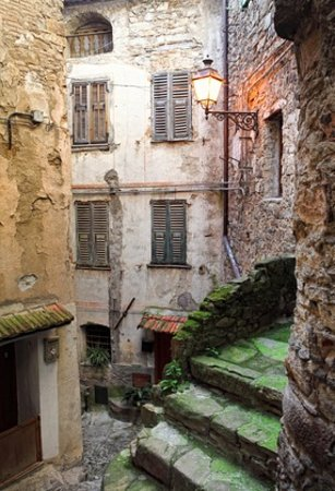 Apricale 36