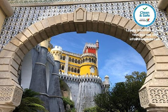 Small group tours in Sintra and Cascais...