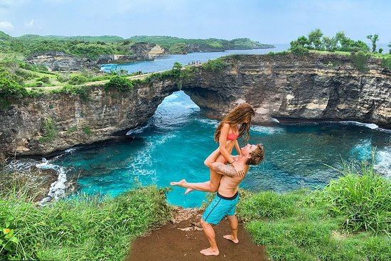 Full-Day Private Tour in Nusa Penida...