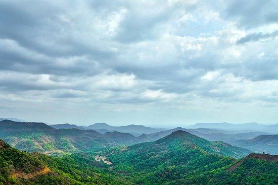 Pune to Koyna Wildlife Sanctuary, Kolhapur, Belgaum & Goa Beach Tour