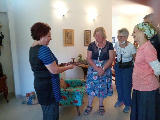 Jordan Valley, Israel: chez une artiste enseignante en  poterie  à 1h. de Jérusalem