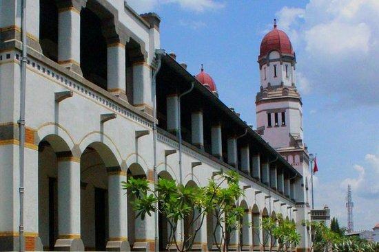 ジョグジャカルタからのセマラン旅行:1都市の3つの文化
