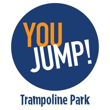 Chambly, ฝรั่งเศส: Logo You Jump Trampoline Park