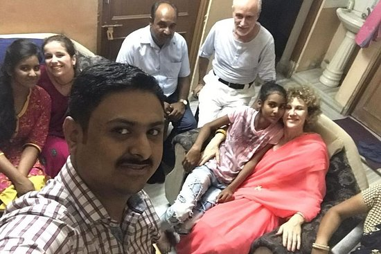 Фотография Private Traditional Dinner with an Indian Family in Jaipur