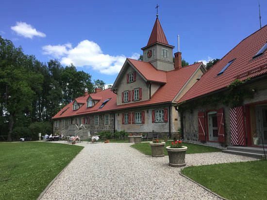 Church and hotel/ restaurantbuilding of Ranka manor