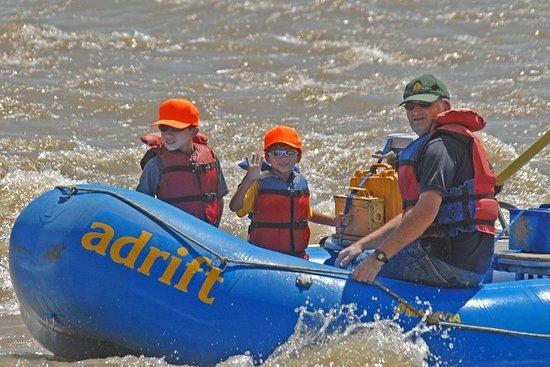 Colorado River Rafting: Half-Day Morning at Fisher Towers صورة فوتوغرافية