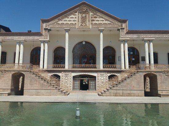 تبريز, إيران: Qajae museum