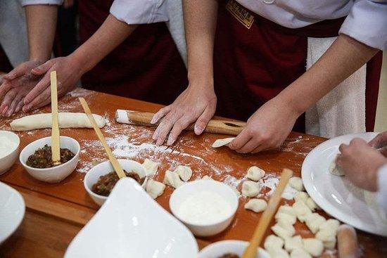 Foto de Experimenta Xi'an: fabricación de bolas de masa hervida y clase de cocina familiar
