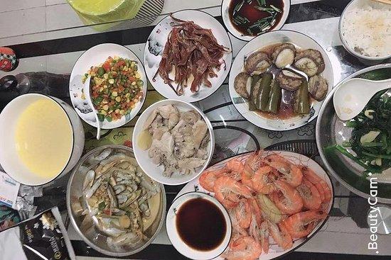 Heimatküche in Guangzhou mit englischsprachigem Reiseführer