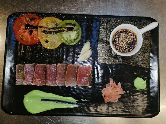 Tataki de thon... sa crème wasabi