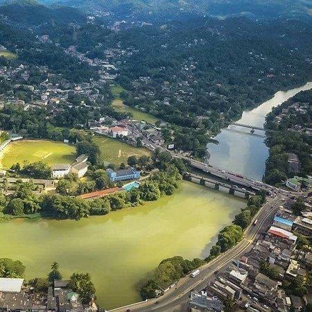 Katugastota, ศรีลังกา: Lovely city. Near by Kandy.