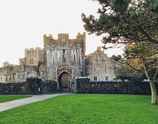 Llantwit Major, UK: St Donat's Castle