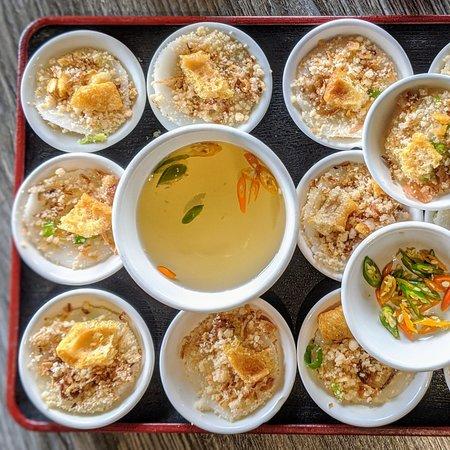 "#BanhBeoChen aka ""Waterfern Cake"" is a ""MUST HAVE"" whenever you visit HUE OI . 📍Pho Hue Oi Redondo Beach, CA . 📍 Hue Oi Vietnamese Cuisine Fountain Valley, CA . Order Online For DELIVERY! www.hueoivietnamesecuisine.com . #HueOi #PhoHueOi #VietnameseFood #FountainValley #RedondoBeach #BanhBeo #RiceCakes #Eater #DineLA #EaterLA #FoodBeast #YelpOC #YelpLA #huffposttaste #buzzfeedfood #foodandwine #Sharesocal #eeeeeats #Abc7eyewitness #cbsla #lamagfood #latimesfood #VietFood #bestvietnamesefood"