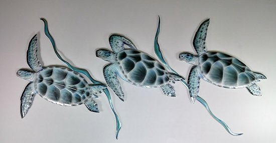 Treasure Island, Floride: Cellular Polyvinyl Hand Carving https://maykelartgallery.com/search?q=turtles