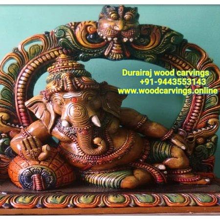 Salém, Índia: #Durairajwoodcarvings +91-9443553143 #woodencarving  #woodcarvings #WoodCarving  #ganeshji   #saraswathi #krishna #Radhakrishna #Murughan #karthikeya  saibaba Buddha  #Ganesha  #Sculpture  #Tamilnaduwoodcarving #IndianSculptures  #woodenSculpture #Showpiece #Devotional #Blessing  #Hindugodswoodensculptures #Woodcarvingsonline #Southindiantemplewoodcarvings #Dallas #London #California #florida #UK #USA #Malasyia #thammampattiwoodcarvings  www.woodcarvings.online