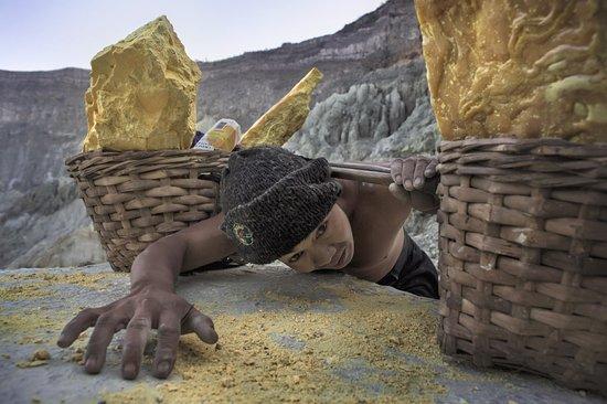Indonesia: Cave di zolfo 87