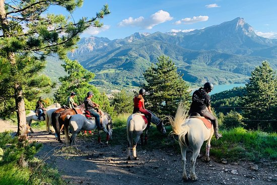 Club Hippique Alpin Serre-Ponçon