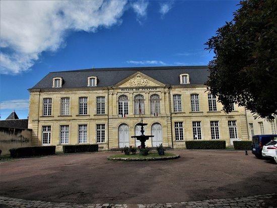 Palais De Justice De Nevers