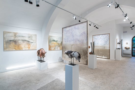Nous Art Gallery