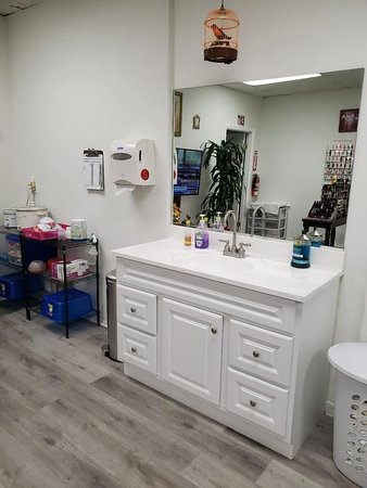 Dedicated Handwashing station for Guests and Staff near Manicure and Pedicure areas.