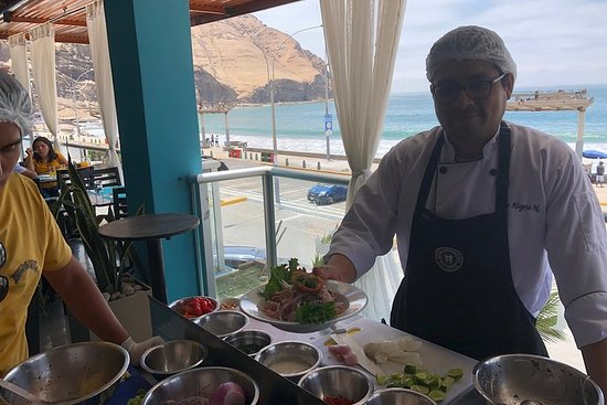 Half-Day Cooking Experience by the Pacific Ocean