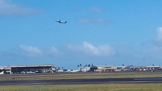 Honolului nemzetközi repülőtér: Honolulu Intl Airport