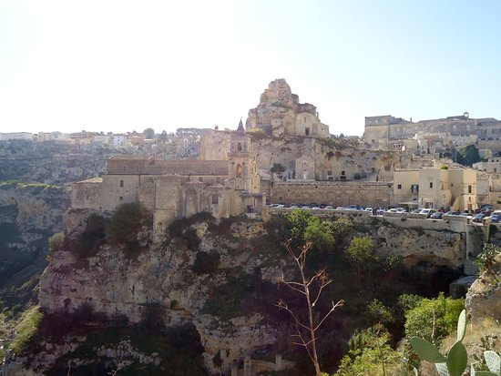 Church on the edge of the ravine in Matera at 45 min.