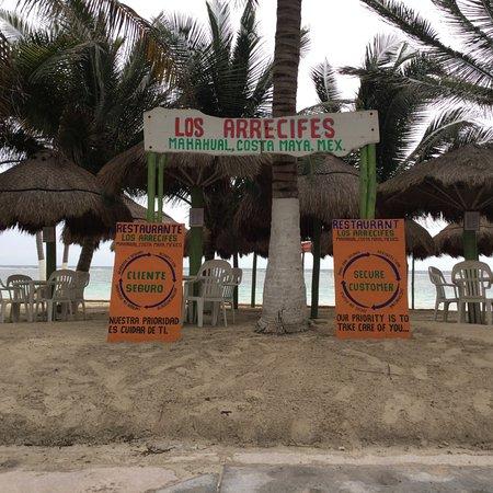 """TOURS AND BEACH CLUB """"LOS ARRECIFES RESTAURANTE"""""""