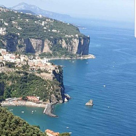 Vico Equense, Itália: Scoglio della Margherita  Punta Avuto lo Punta Gradelle Punta Campanella