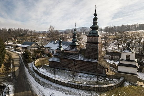 Wooden Architecture Trail UNESCO, regular small group tour from Krakow
