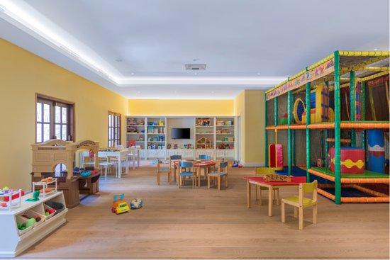 Café Occidental - Picture of Elysium Hotel, Paphos - Tripadvisor