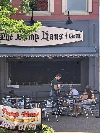 Pump Haus Pub & Grill