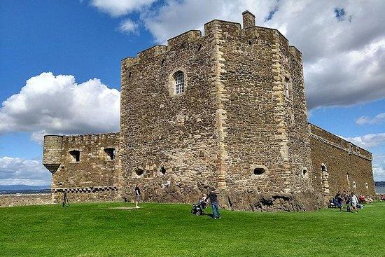 プライベートツアーエジンバラからのスコットランドの5つの城ツアー