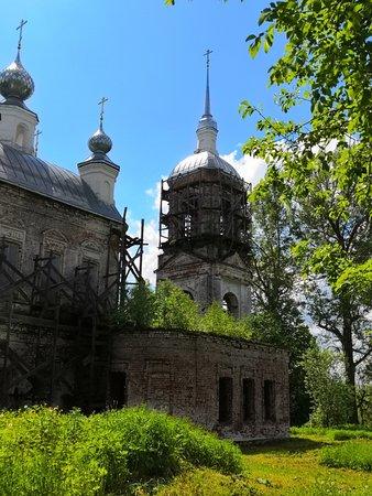 Разные ракурсы Димитриевской церкви