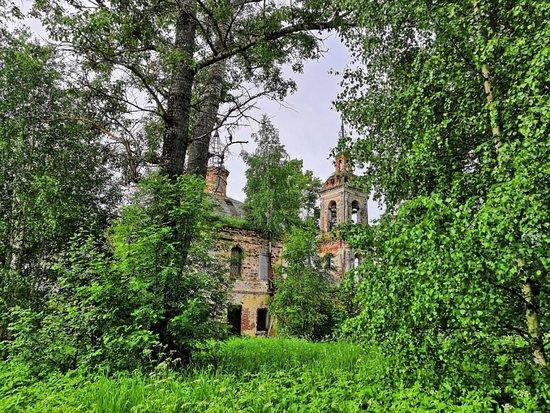 Pokrova Presvyatoi Bogoroditsy Church