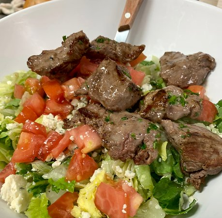 Palm City, FL: The Original Gorgonzola Salad with grilled steak tips.