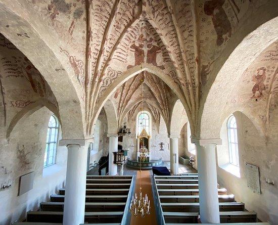 Siuntio, Finlandia: Pyhän Pietarin kirkko sisältä