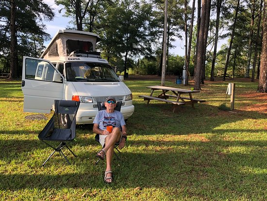 Eupora, MS: Willow Creek county campground is great if you are traveling the Natchez Trace Parkway. Only 10 minutes off Parkway. Kountry Kitchen has good food and service
