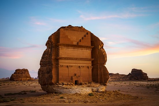 Al Ula, Arab Saudi: One of AlUla's most famous settlements is Saudi Arabia's first UNESCO World Heritage Site, carved tombs are from around 2nd century BCE until 106 CE.