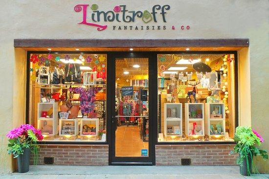 Cahors, فرنسا: Notre jolie boutique rue Nationale !