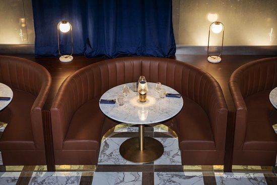 particolare tavoli stille anni 20